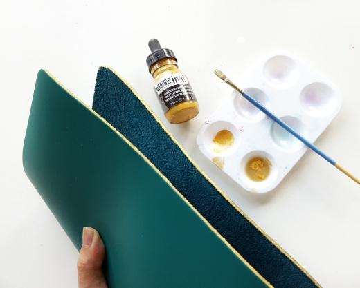 supplies-liquid-acrylic-gold